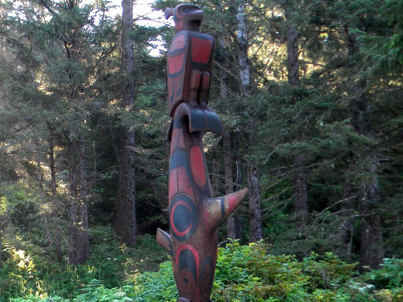 Pacific Rim NP, totem pole